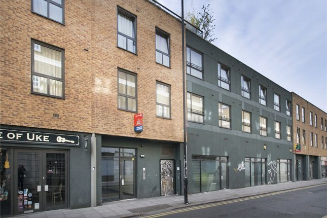 2 bed flat for sale in Cheshire Street, London
