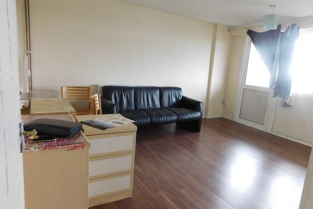 Thumbnail Flat to rent in Yeading Lane, Yeading, Hayes