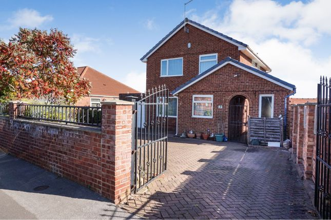 Thumbnail Detached house for sale in Staithe Avenue, Leeds