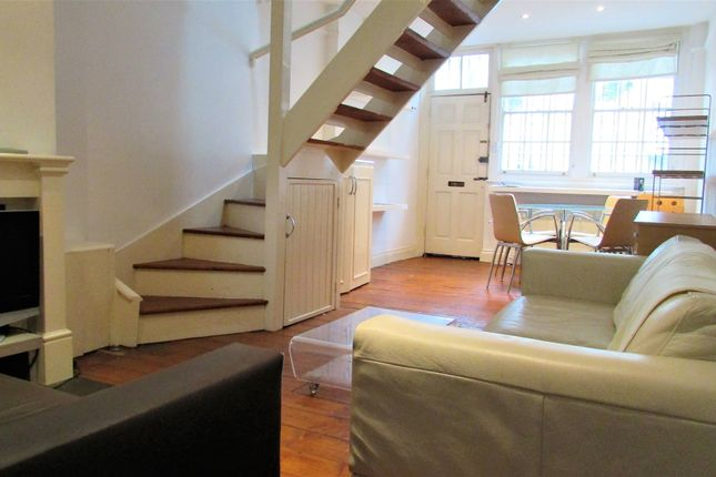 Thumbnail Terraced house to rent in Globe Road, Bethnal Green, London
