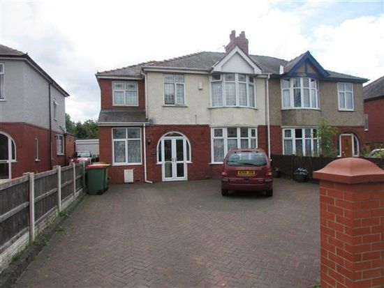 5 bed property for sale in Blackpool Road, Preston