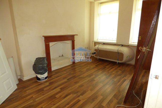 Lounge of 27A Adare Street, Ogmore Vale, Bridgend. CF32