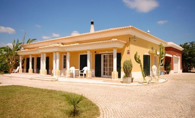 Thumbnail Villa for sale in Algoz, Algarve, Portugal