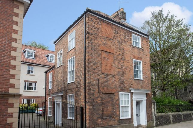 Thumbnail Maisonette for sale in King Street, Norwich