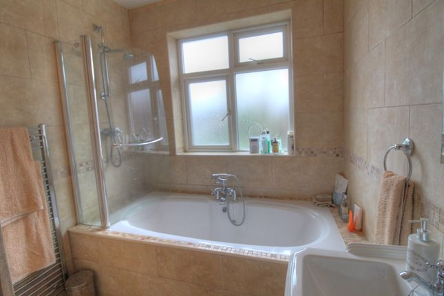 Family Bathroom of Manchester Road, Lostock Gralam, Northwich CW9
