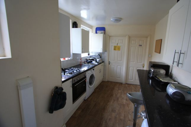 Thumbnail Flat to rent in Balham High Road, Balham