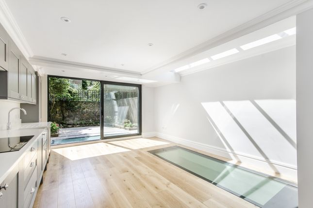 Thumbnail End terrace house to rent in Bettridge Road, London