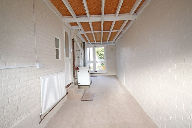 River way loughton ig10 2 bedroom end terrace house for for 22 river terrace rockrose