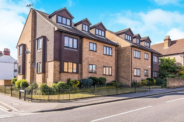 Thumbnail Flat for sale in Nuxley Road, Belvedere