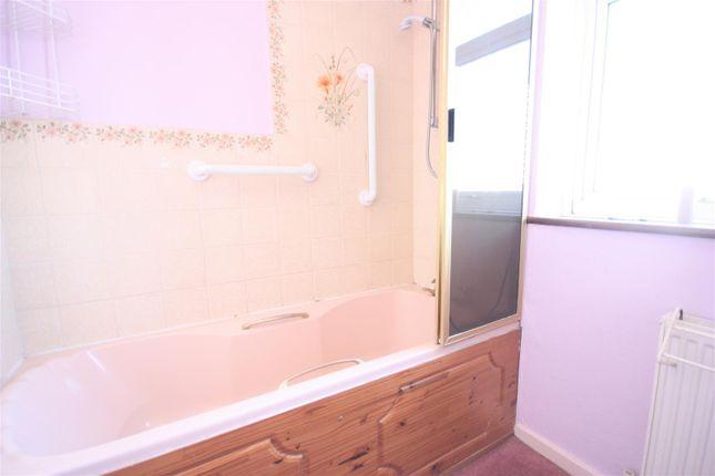 Bathroom of Beaulieu, Weymouth DT4