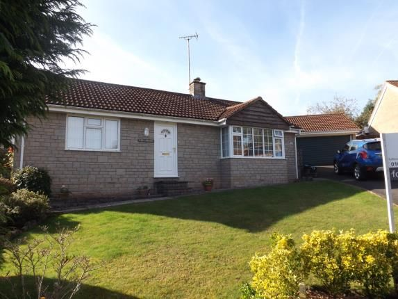 Thumbnail Bungalow for sale in East Ogwell, Newton Abbot, Devon