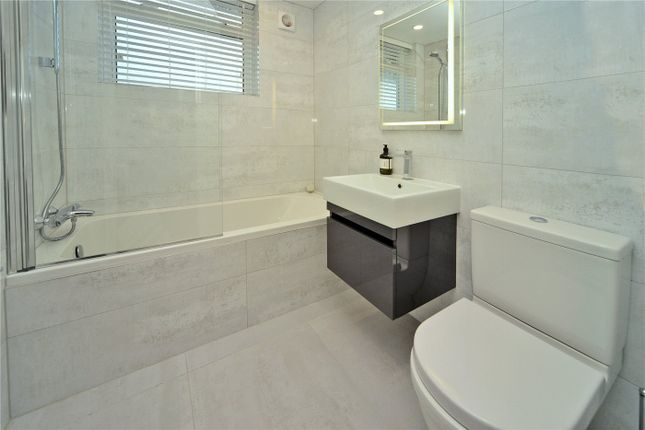 Picture No. 16 of Timbercroft, Epsom KT19