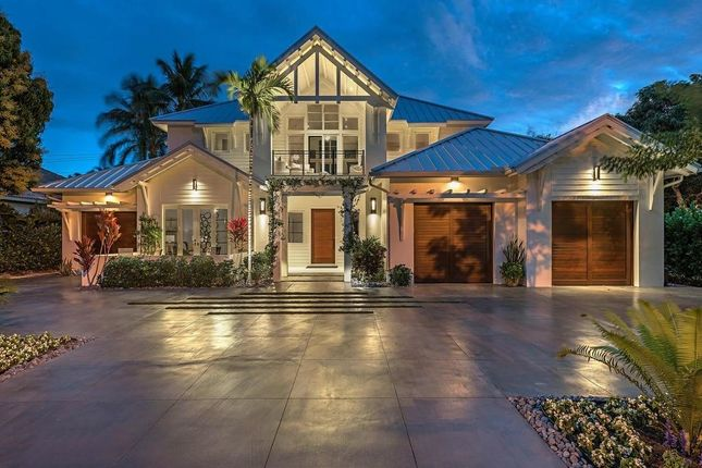 Thumbnail Property for sale in 546 Golf Dr, Naples, Fl, 34102
