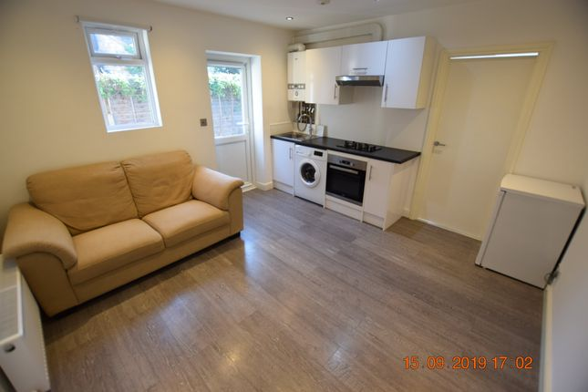 1 bedroom flats to let in wallington, london - primelocation