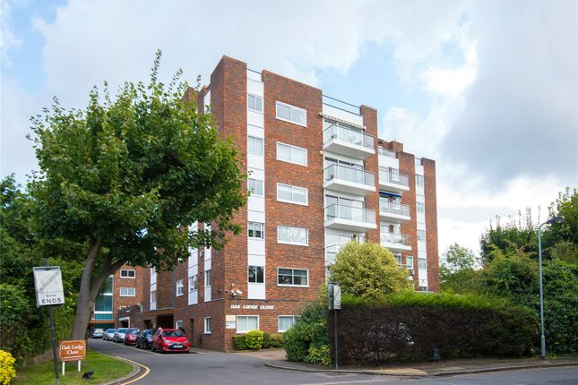 Thumbnail Flat for sale in Oak Lodge Close, Stanmore