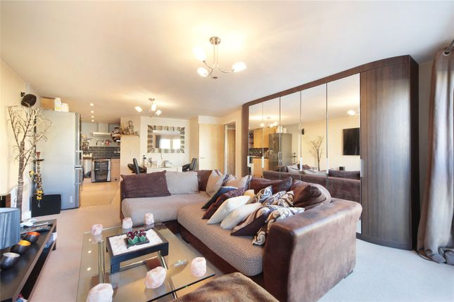 Thumbnail Property to rent in Stane Grove, Stockwell, London