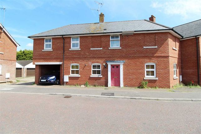 Thumbnail Maisonette for sale in Knights Field, Colchester