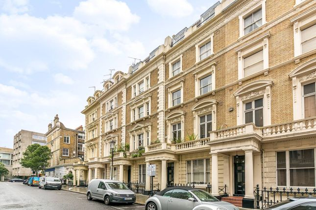 Studio for sale in Clanricarde Gardens, Notting Hill