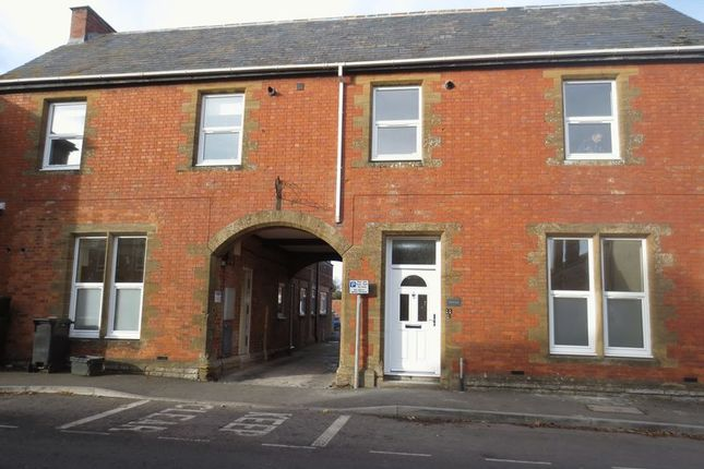 Thumbnail Flat to rent in Bow Street, Langport