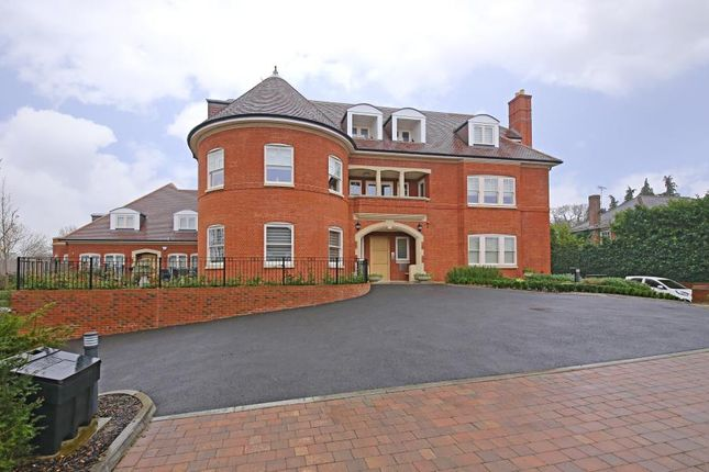 Thumbnail Flat to rent in Valency Drive, Northwood
