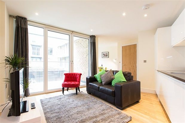 Thumbnail Flat to rent in Canary Wharf Apartment, Canary, Poplar