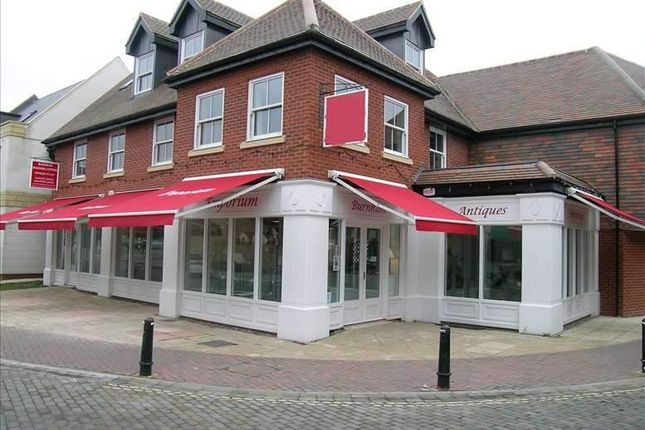 Serviced office to let in High Street, Burnham, Slough