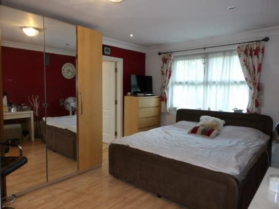 Bedroom 1 of Oak Leaf Drive, Moseley, Birmingham, West Midlands B13