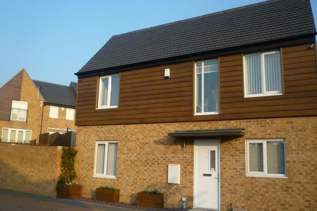 Thumbnail Detached house to rent in Parkside Crescent, Seacroft, Leeds