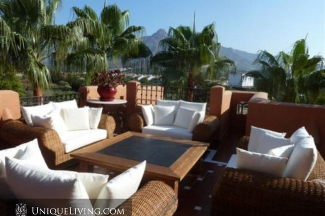 4 bed apartment for sale in Nueva Andalucia, Costa Del Sol, Spain