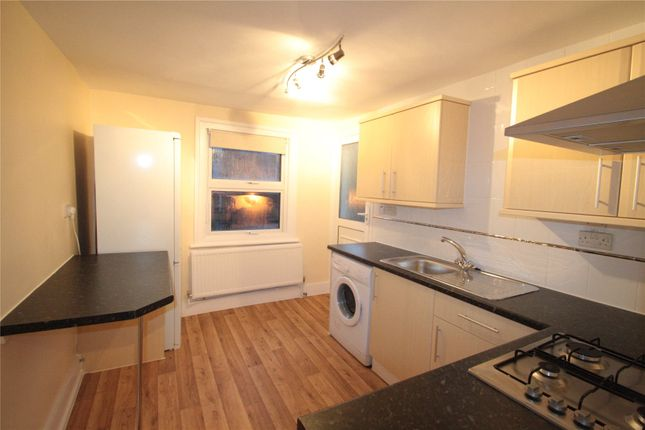 Thumbnail Flat to rent in Axminster Road, Islington, London