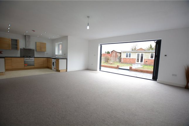 Thumbnail Semi-detached house for sale in Castleview Road, Langley, Slough