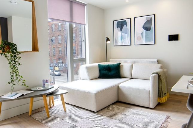 Thumbnail Flat to rent in Arundel St, Roof Gardens, Castlefield