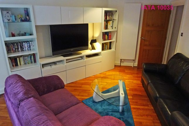 Thumbnail Flat for sale in Beaumont Rise, London