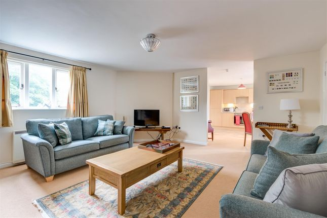 Thumbnail Flat to rent in Old Market Way, Moreton-In-Marsh
