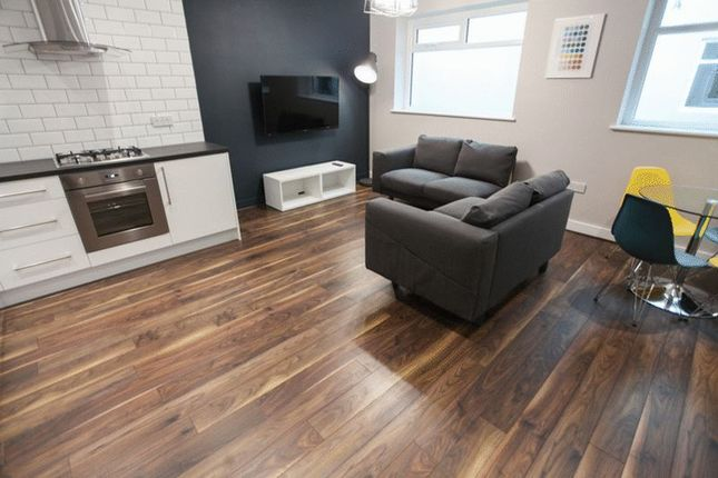 Thumbnail Flat to rent in Kempston Street, Liverpool