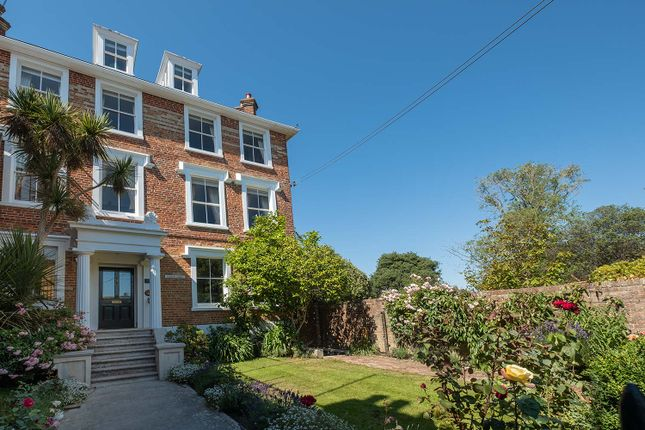 Thumbnail Detached house to rent in High Street, Yarmouth