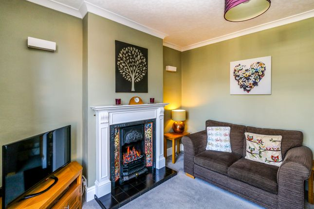 2 bed semi-detached house for sale in Spencer Street, Raunds, Wellingborough