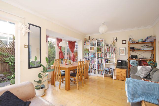 Thumbnail Town house to rent in Jutland Close, London