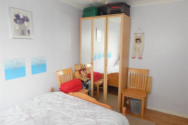 Rent Attic Room Swansea