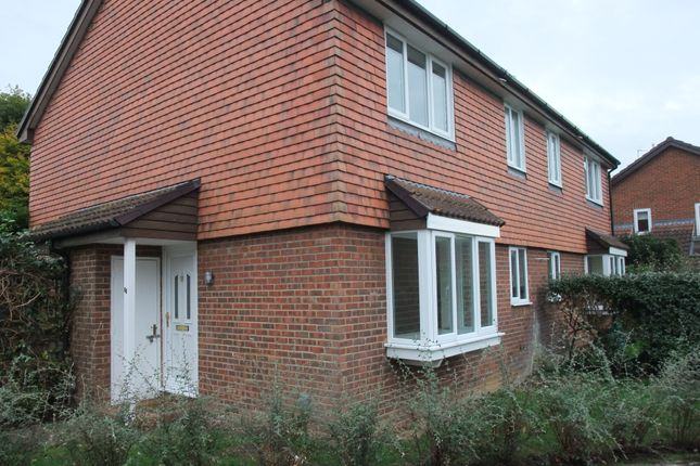 Thumbnail Detached house to rent in Angel Place, Binfield, Bracknell