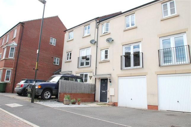 Thumbnail Terraced house for sale in Dixon Close, Redditch