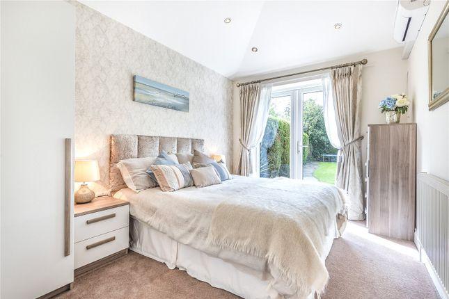 Bedroom of Queens Avenue, London N20
