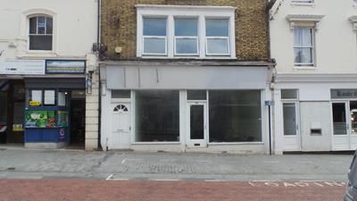 Thumbnail Retail premises to let in 35, Bank Street, Ashford, Kent