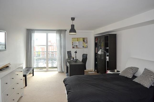 Thumbnail Flat to rent in Quadrangle, Lower Ormond Street, Manchester City Centre, Manchester