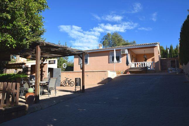Villa for sale in Les Mallaes, Pedralba, Valencia (Province), Valencia, Spain