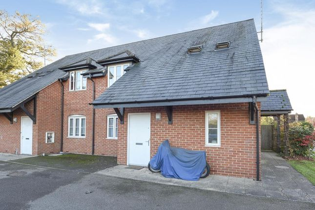 Thumbnail Flat to rent in Winchmore Hill, Amersham