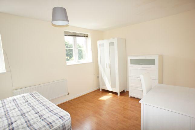 Bed 5 of Potterswood, Kingswood, Bristol BS15