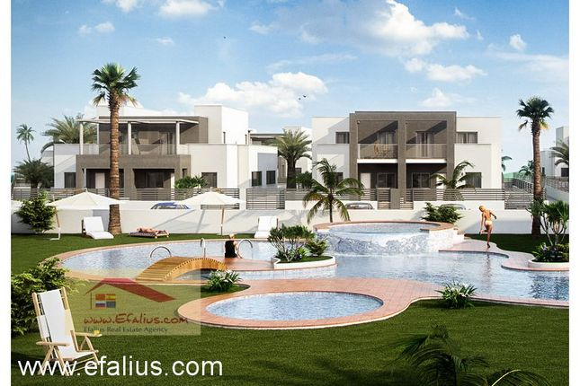 Detached house for sale in Torrevieja, Torrevieja, Torrevieja