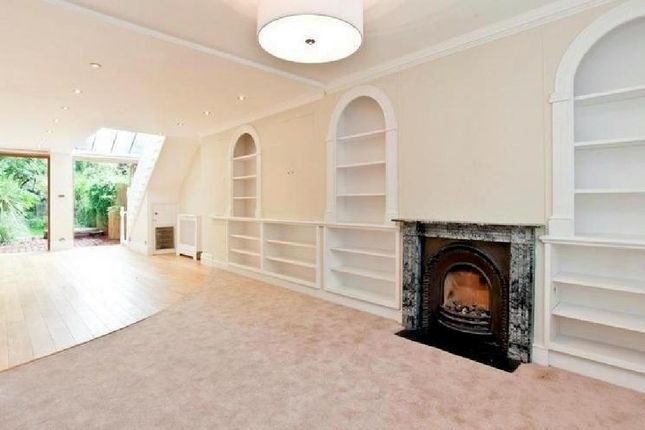 Thumbnail Town house to rent in Ordnance Hill, London