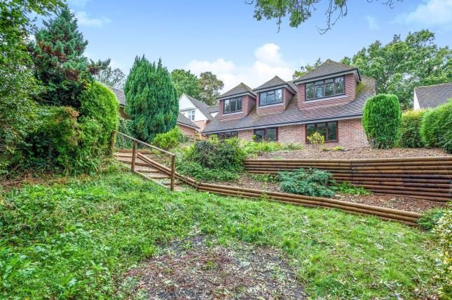 Bungalow for sale in Sandhill Lane, West Sussex, Crawley Down
